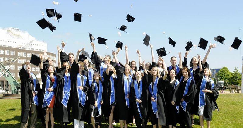 AP tutoring - được ưu tiên xét học bổng vào các trường đại học lớn trên thế giới