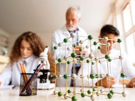 noi-dung-chuong-trinh-igcse-chemistry